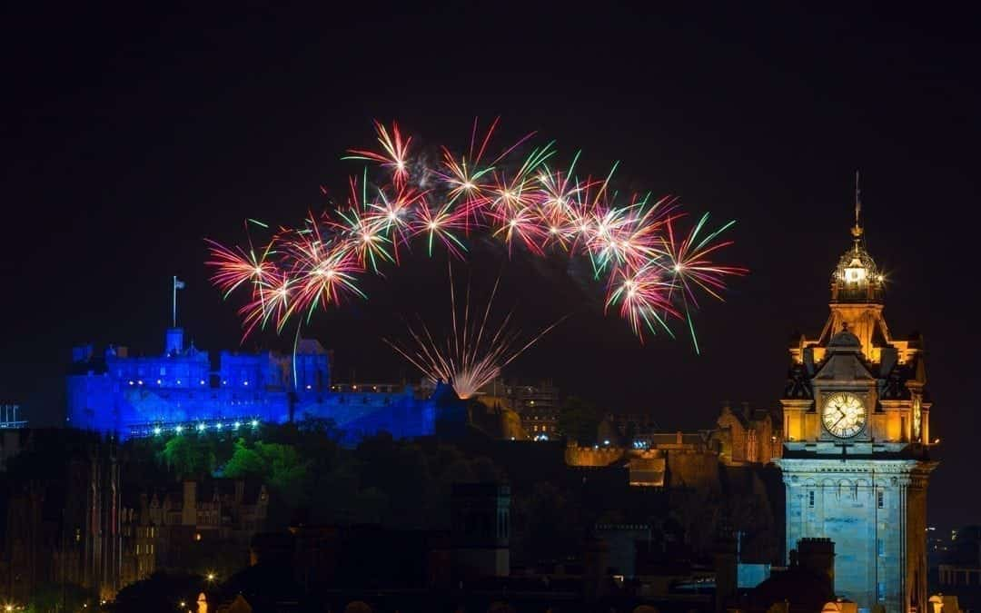 Fireworks over the castle to mark the end of the Edinburgh Fringe Festival